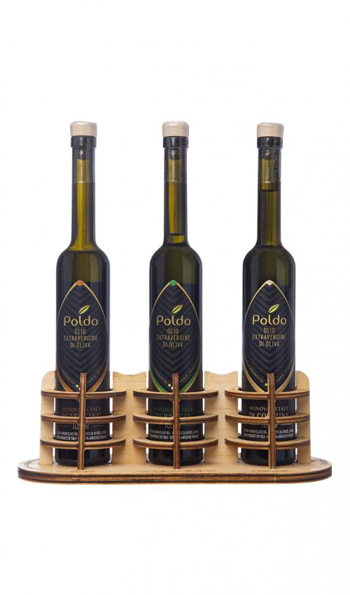 Oliera legno con tre oli differenti utili per cucinare piatti differenti